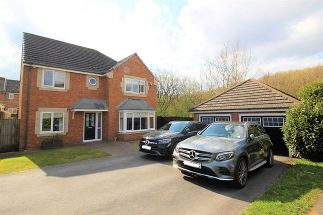 4 bed detached house for sale in Swallow Fold, Simmondley, Glossop SK13