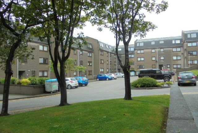 Flat to rent in Urquhart Terrace, Aberdeen