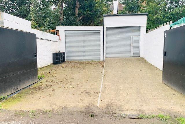 Thumbnail Parking/garage for sale in Avon Path, South Croydon