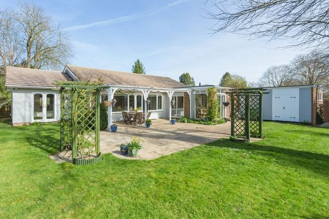 Thumbnail Bungalow for sale in Gravel Lane, Drayton, Abingdon