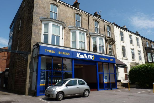 Thumbnail Flat to rent in York Place, Harrogate