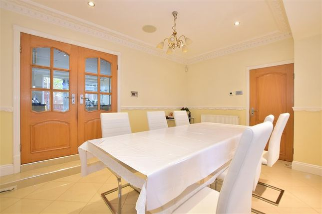 Dining Room of Spring Grove, Loughton, Essex IG10