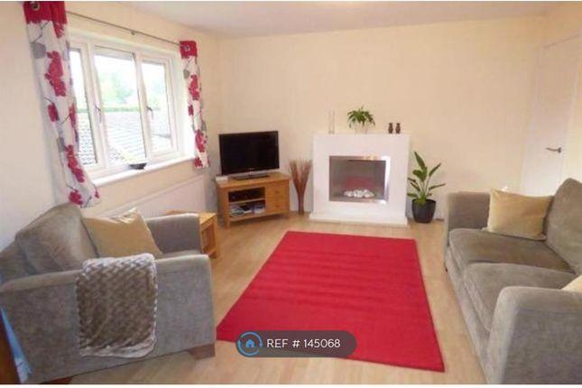 Thumbnail Maisonette to rent in Marlborough Court, Wokingham