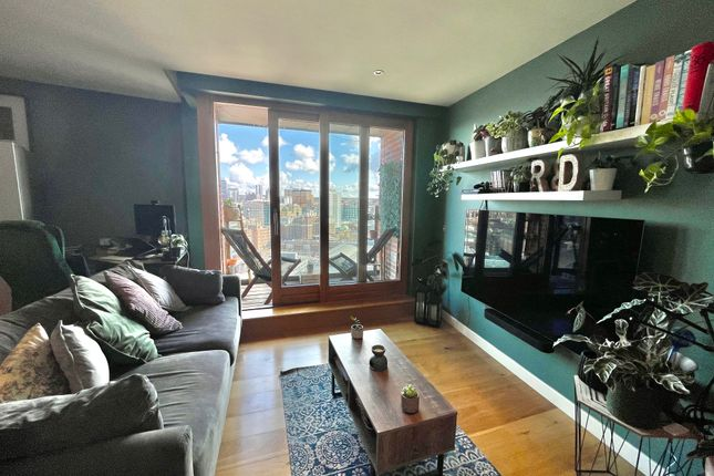 1 bed flat for sale in Wharf Approach, Leeds LS1