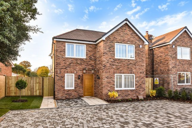 Thumbnail Detached house for sale in Comptons Gardens, Comptons Lane, Horsham
