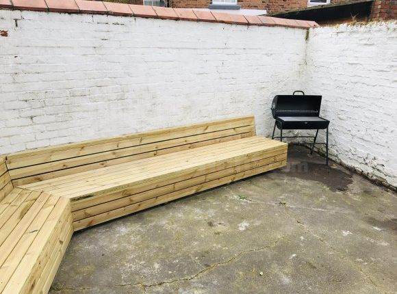 Thumbnail Terraced house to rent in Garden Lane, Chester