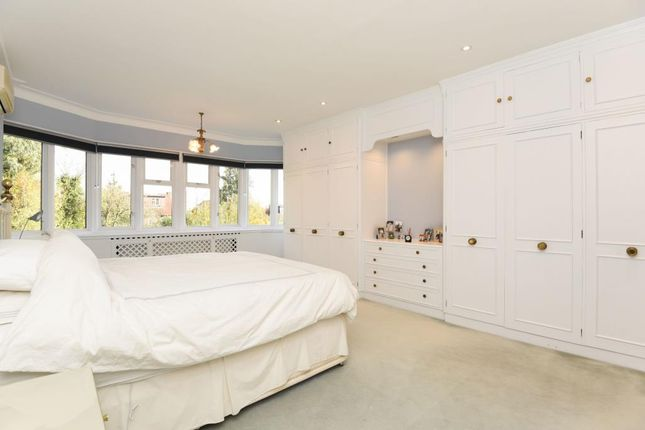 Thumbnail Detached house for sale in Fairholme Gardens, Finchley