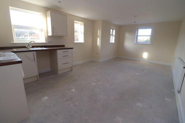 Thumbnail Flat to rent in Mount Street, Grantham, Nottinghamshire