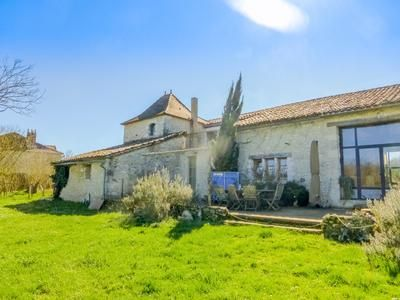 Thumbnail Equestrian property for sale in Saint-Julien-d-Eymet, Dordogne, France