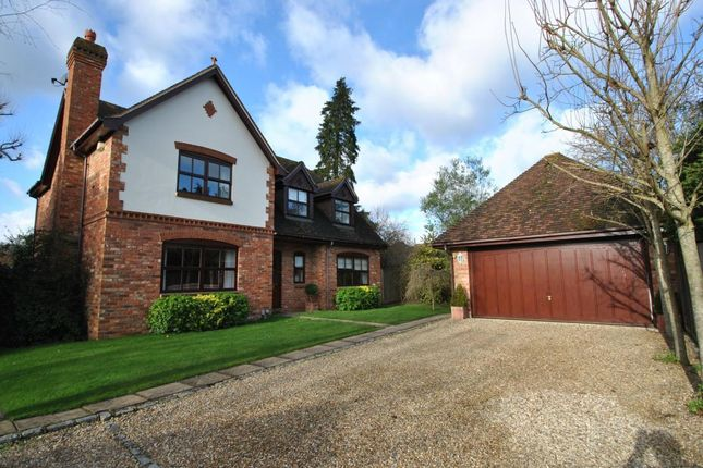 Thumbnail Detached house for sale in Easthampstead Road, Wokingham