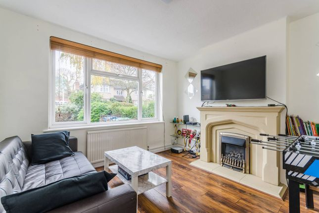 Thumbnail Semi-detached house to rent in St Michaels Cresent, Pinner