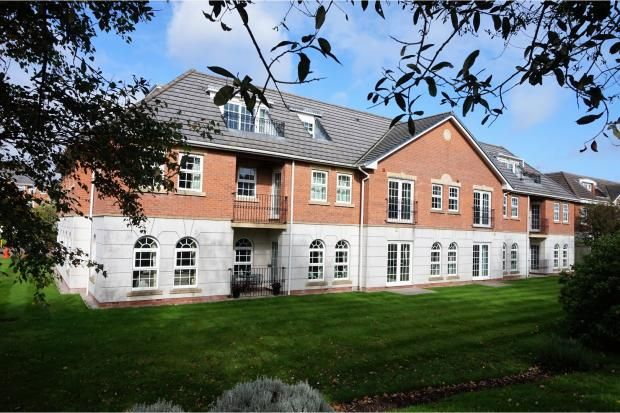 Thumbnail Flat to rent in Garden Close, Poulton-Le-Fylde, Lancashire