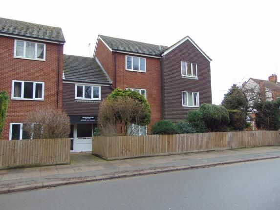 Thumbnail Flat for sale in Queens Park Parade, Northampton, Northamptonshire