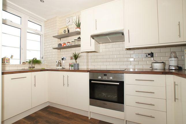 Kitchen of Balham High Road, Balham SW17