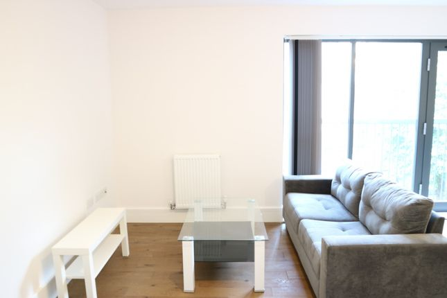 Thumbnail Studio to rent in Pechiney House, The Grove, Slough, Berkshire