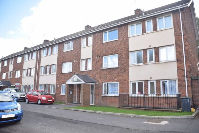 Flat to rent in Bristol Road South, Northfield, Birmingham