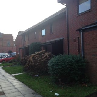 Thumbnail Flat to rent in Eaton Drive, Exeter