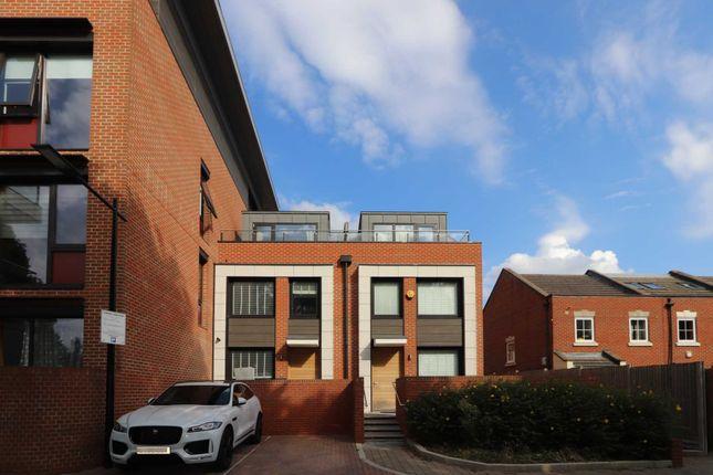 Thumbnail Terraced house to rent in Knaresborough Drive, London