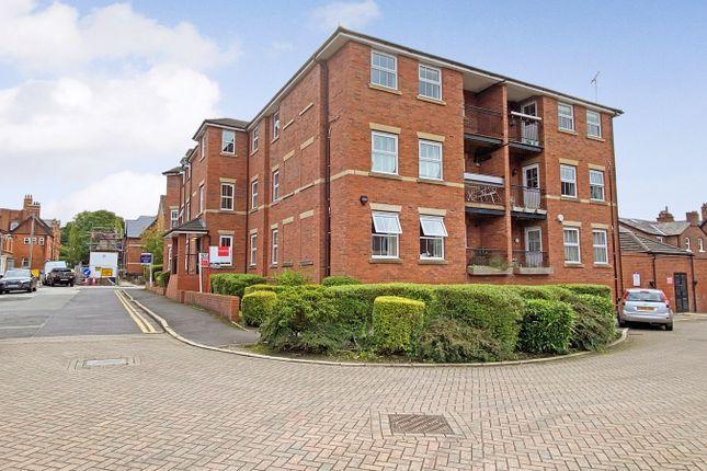 2 bed flat to rent in George Street, Alderley Edge SK9