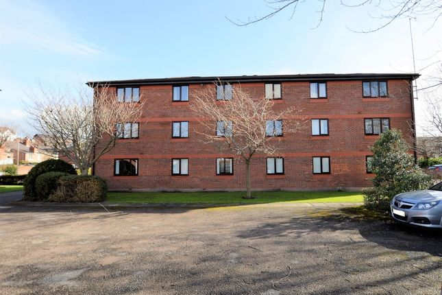 Thumbnail Flat for sale in Salisbury Court, Haydock Close, Chester