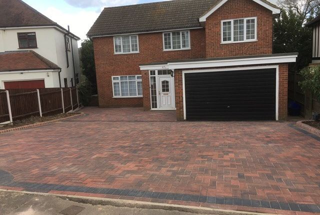 Thumbnail Detached house for sale in Theydon Park Road, Theydon Bois, Epping