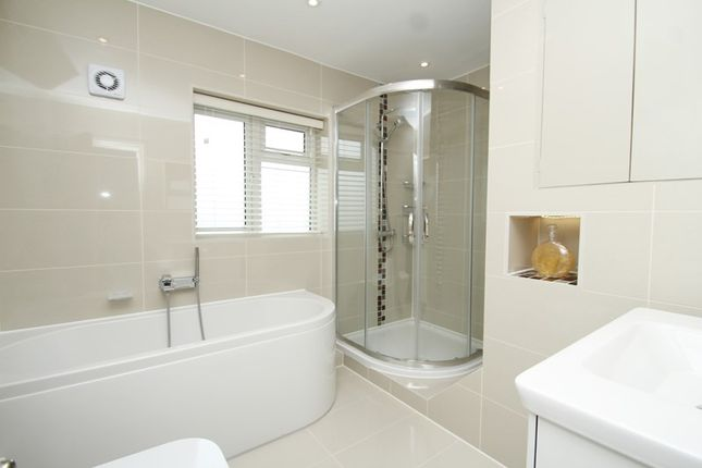 Picture No. 14 of Crewes Avenue, Warlingham, Surrey CR6
