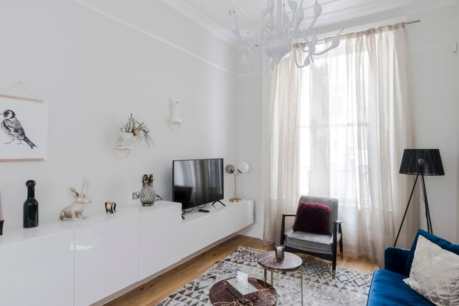 Thumbnail Duplex to rent in Leinster Square, London