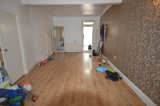 Thumbnail Semi-detached house to rent in Hatherley Gardens, London