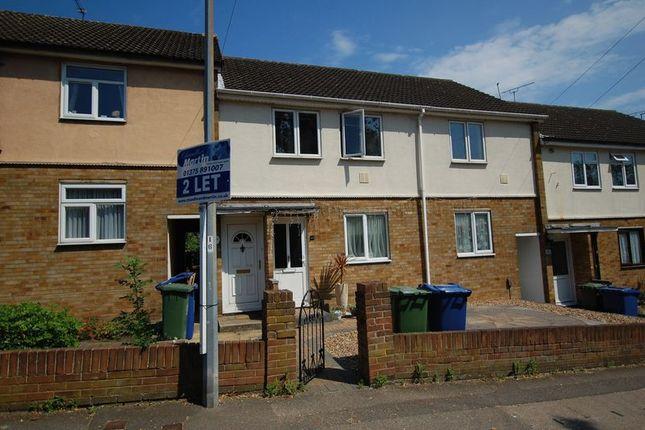 Thumbnail Maisonette to rent in Whitehall Lane, Grays