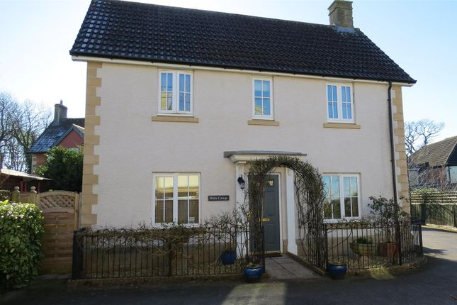 Thumbnail Property for sale in Eadreds Hyde, Quemerford, Calne