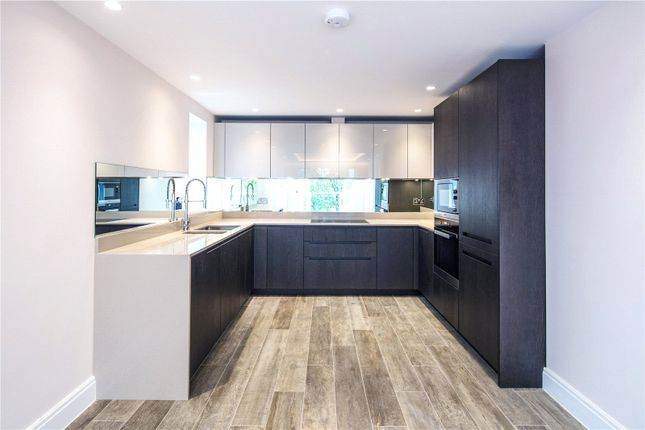 Thumbnail Flat for sale in Jasmine Court, Freshfield Drive, Southgate
