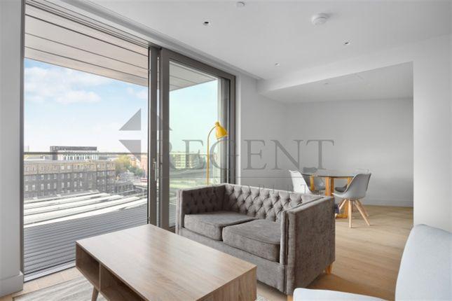 Thumbnail Flat to rent in Canalside Walk, Paddington