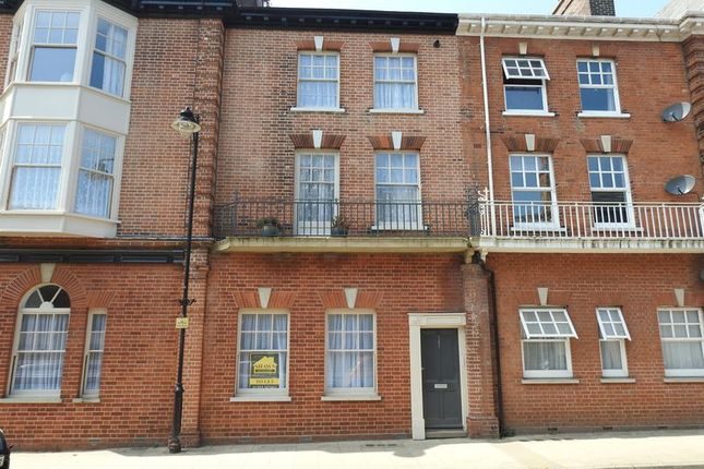 Thumbnail Flat to rent in Parkholme Terrace, High Street, Lowestoft