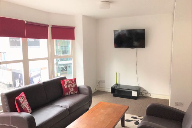Thumbnail Shared accommodation to rent in Whitechapel, Liverpool
