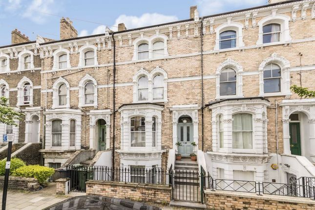 Thumbnail Terraced house for sale in Ferndale Road, London