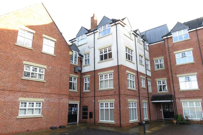 Thumbnail Flat for sale in Roebuck Close, Uttoxeter