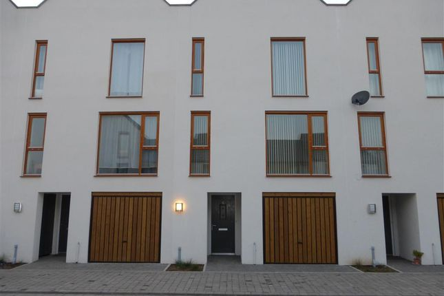 Thumbnail Property to rent in Curator Rise, Street