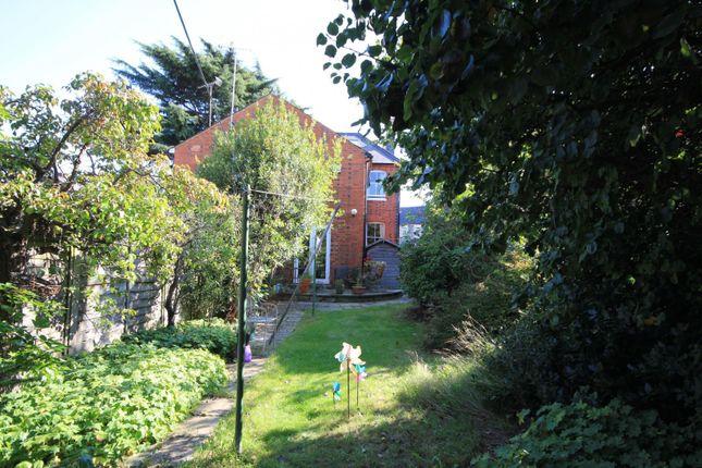 Garden of Erleigh Road, Reading RG1