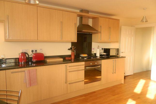 Thumbnail Flat to rent in Drayman Court, Bexleyheath