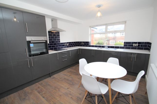 Thumbnail Terraced house to rent in Mayville Avenue, Hyde Park, Leeds