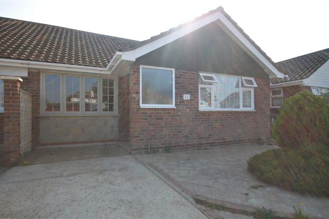 Main Picture of Turpins Close, Clacton-On-Sea CO15