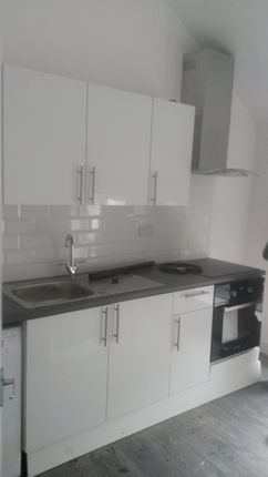 1 bed flat to rent in Alma Street, Luton