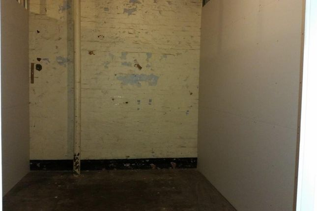 Storage Room of Wrigley Head, Manchester, Failsworth M35