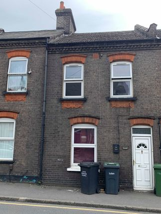 Thumbnail Flat to rent in High Town Road, Luton
