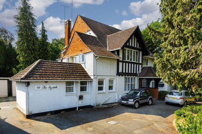 Thumbnail Flat to rent in Lovelace Road, Long Ditton, Surbiton