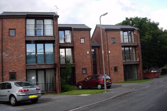 Thumbnail Room to rent in Deerbourne Close, Woolton, Liverpool