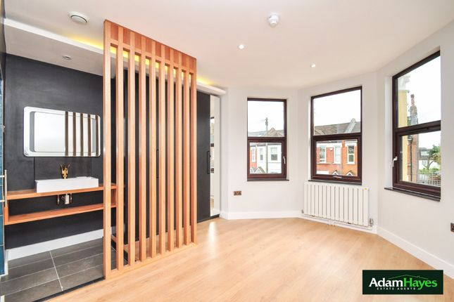 Thumbnail Flat for sale in Churchfield Avenue, North Finchley