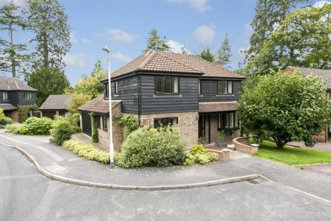Thumbnail Detached house for sale in Prospect Park, Southborough, Tunbridge Wells, Kent