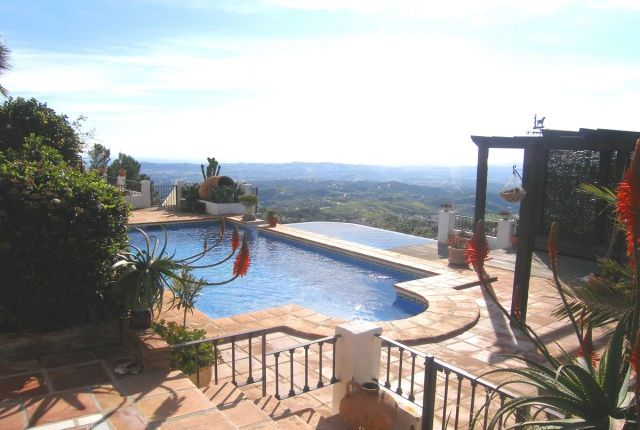Pools & View of Spain, Málaga, Mijas