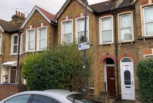 Main Picture of Sandringham Road, London NW2